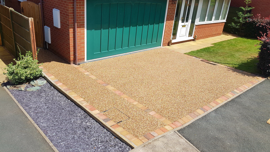Sustainable Urban Drainage System (SUDS) - Resin Bound Driveways